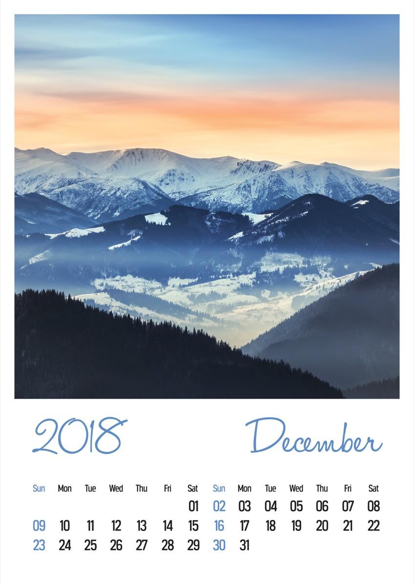 Custom Wall Calendar {Christmas Gift Ideas}