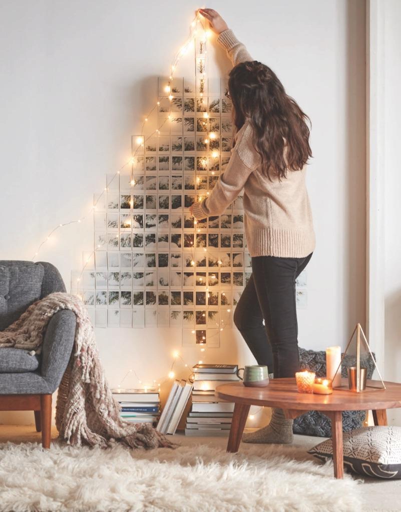 Polaroid Christmas Tree {Christmas Tree Alternatives}