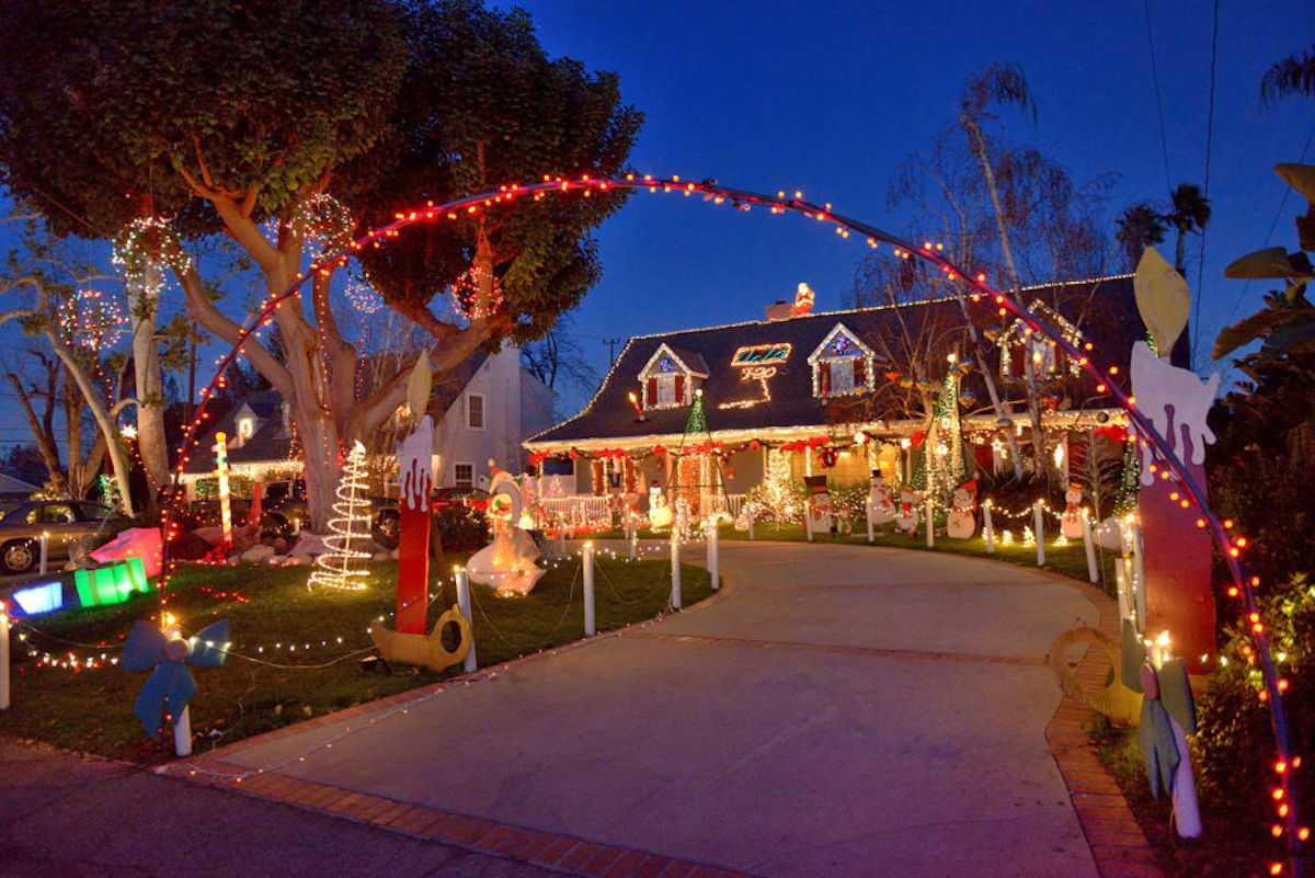 Sierra Madre, California Christmas towns in America