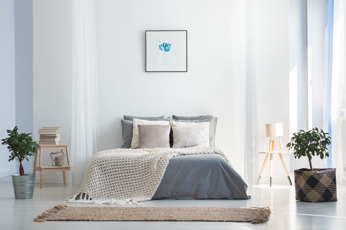 Stylish Bed celebrity home design tricks