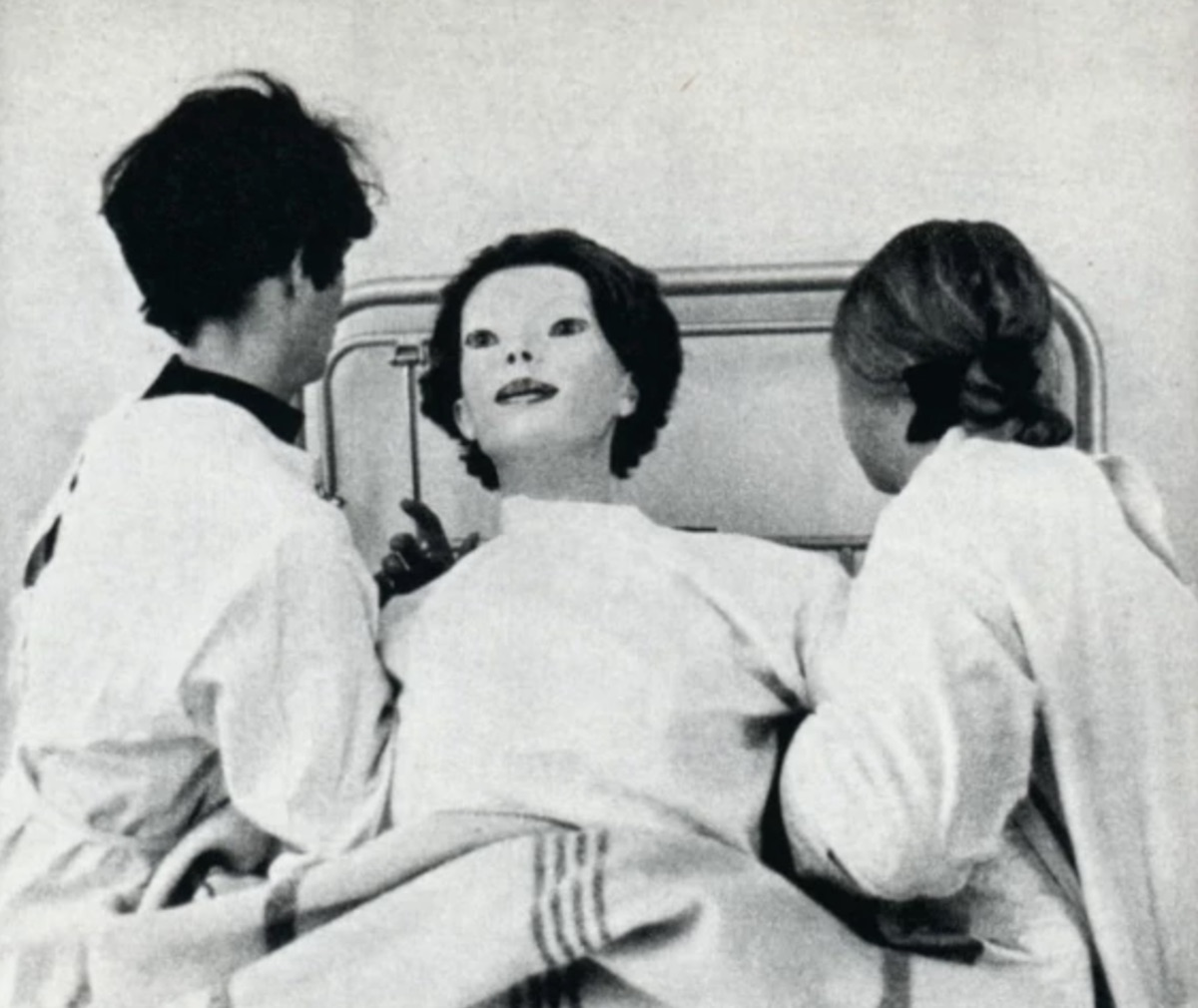 The Expressionless {Scary Urban Legends}