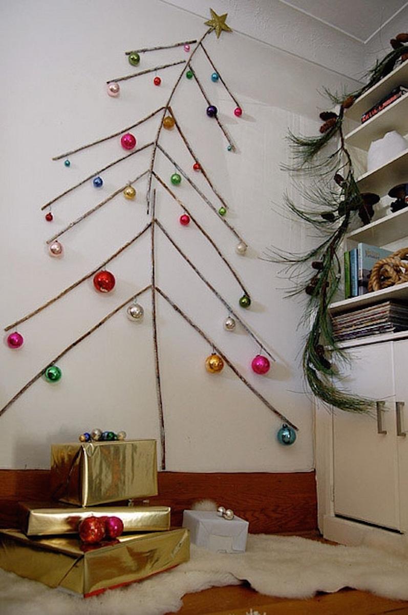 Twig Christmas Tree {Christmas Tree Alternatives}