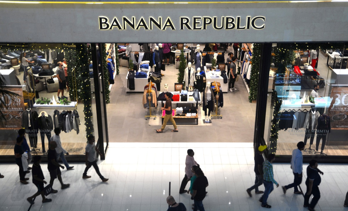 Banana Republic Store {Save Money on Shoes}