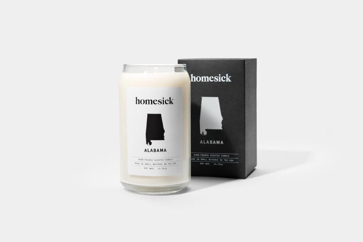 Homesick Candle {Christmas Gift Ideas}