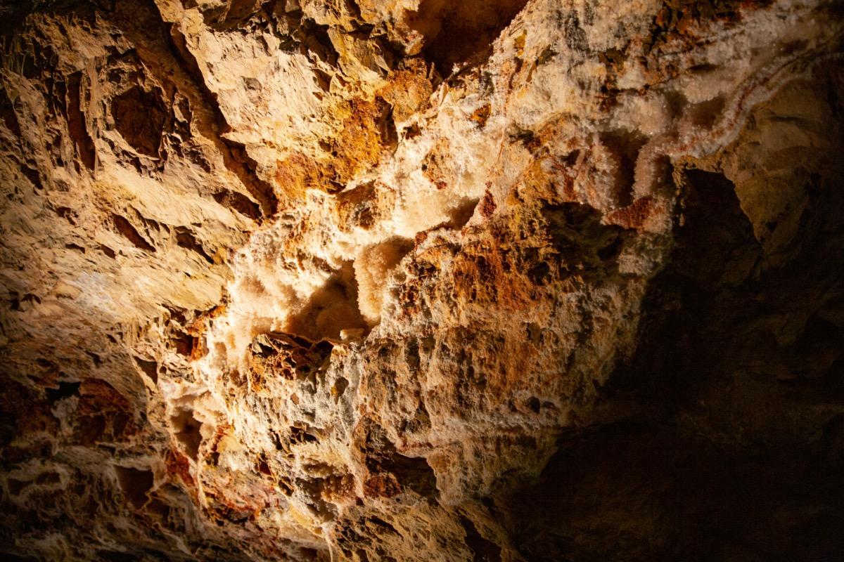 jewel cave south dakota