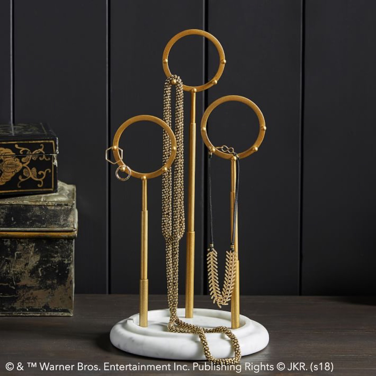 Quidditch Jewelry Holder {Gifts For Harry Potter Fans}