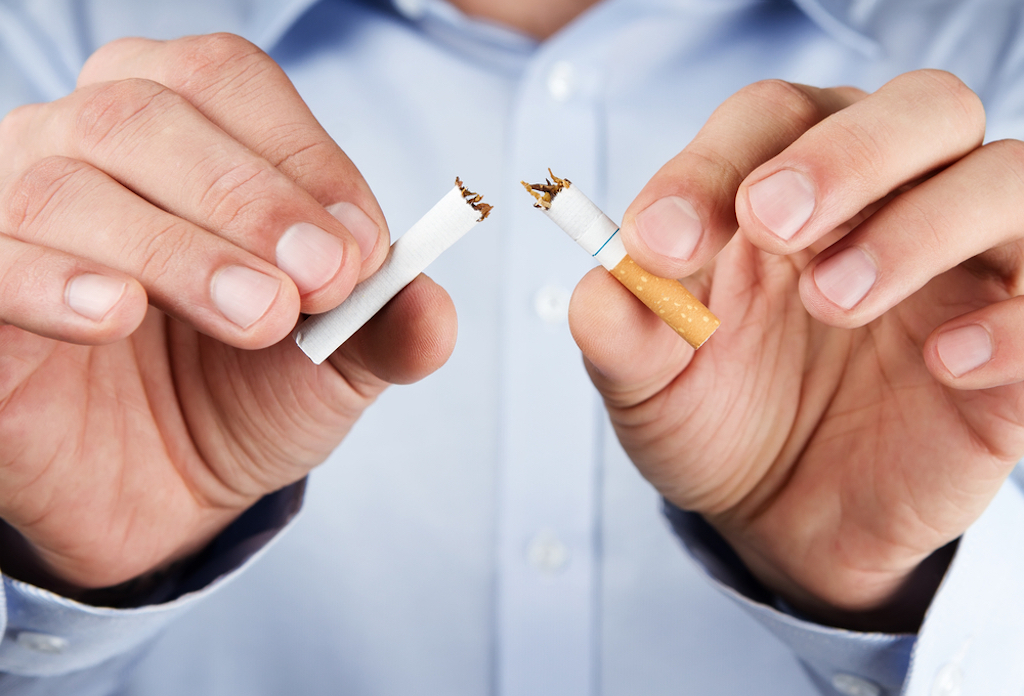 how cutting back on drinking can help you quit smoking