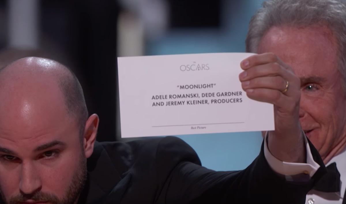 Moonlight is shown on the Oscar card instead of La La Land