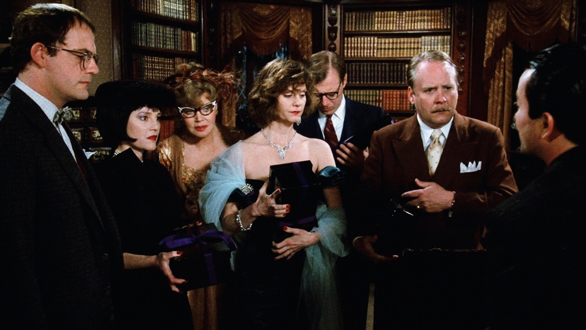 Christopher Lloyd, Lesley Ann Warren, Madeline Kahn, Eileen Brennan, Michael McKean, Martin Mull, and Lee Ving in Clue (1985)