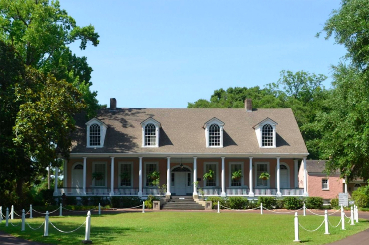 Federal Style Home from Mississippi most popular house styles