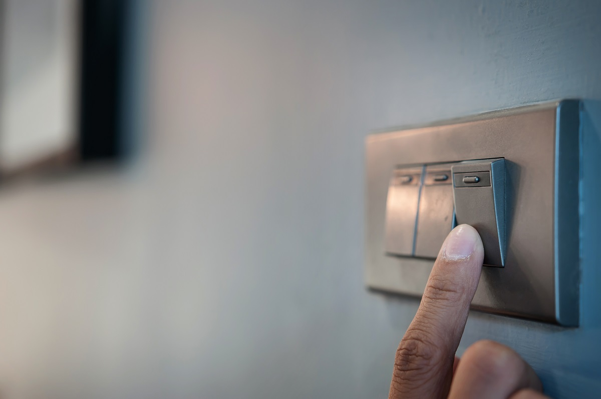 Light switch, cleaning mistakes
