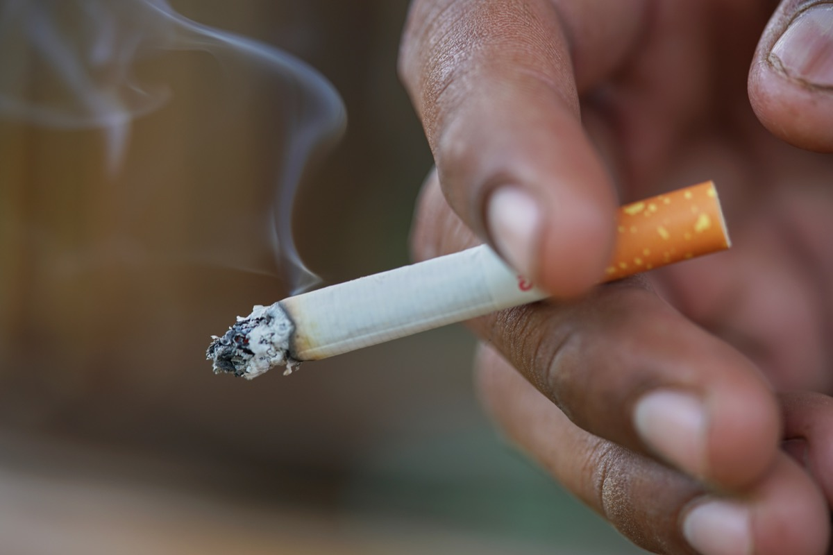 man smoking how people are healthier