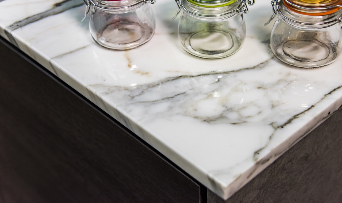 marble, counter of kitchen