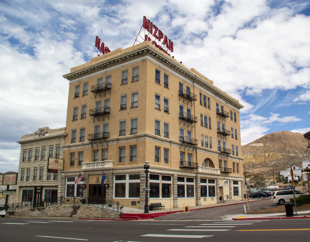 Mizpah Hotel Nevada cursed places in america