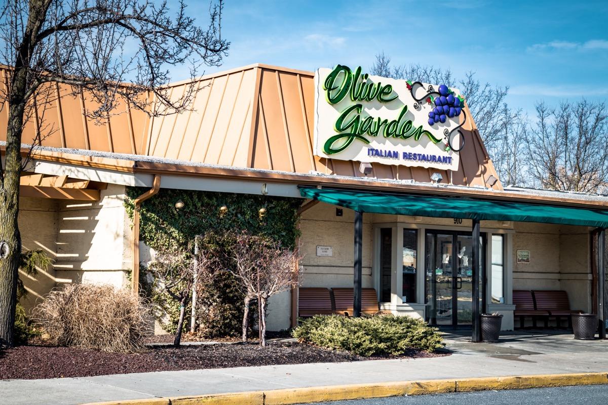 Exterior of Olive Garden Italian Kitchen