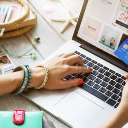 online shopping sale woman buying