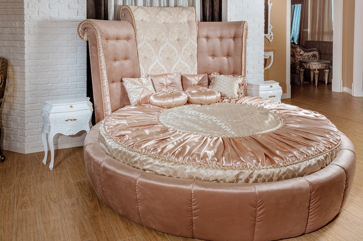 Round bed worst interior design trends