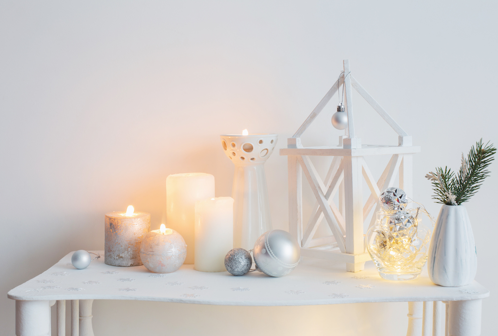 Seasonal candle and accents tricks to make your home festive