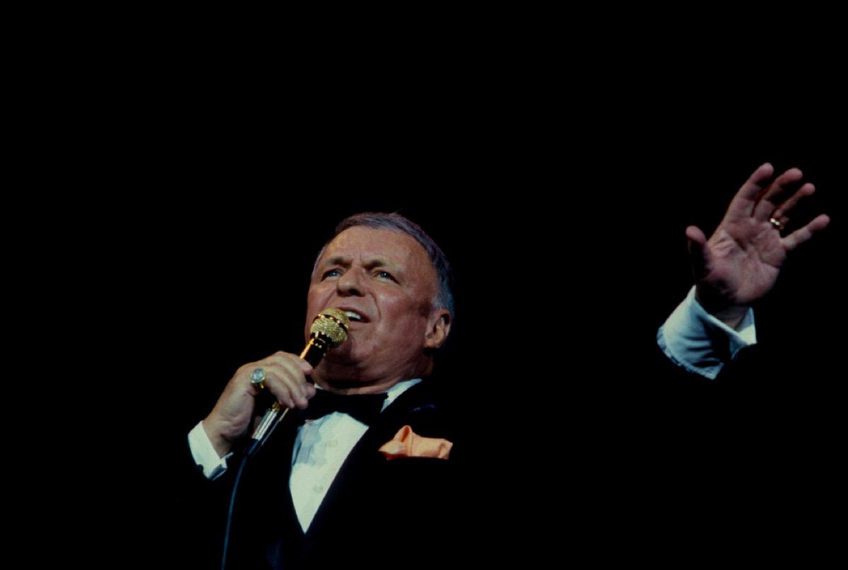 older frank sinatra performing