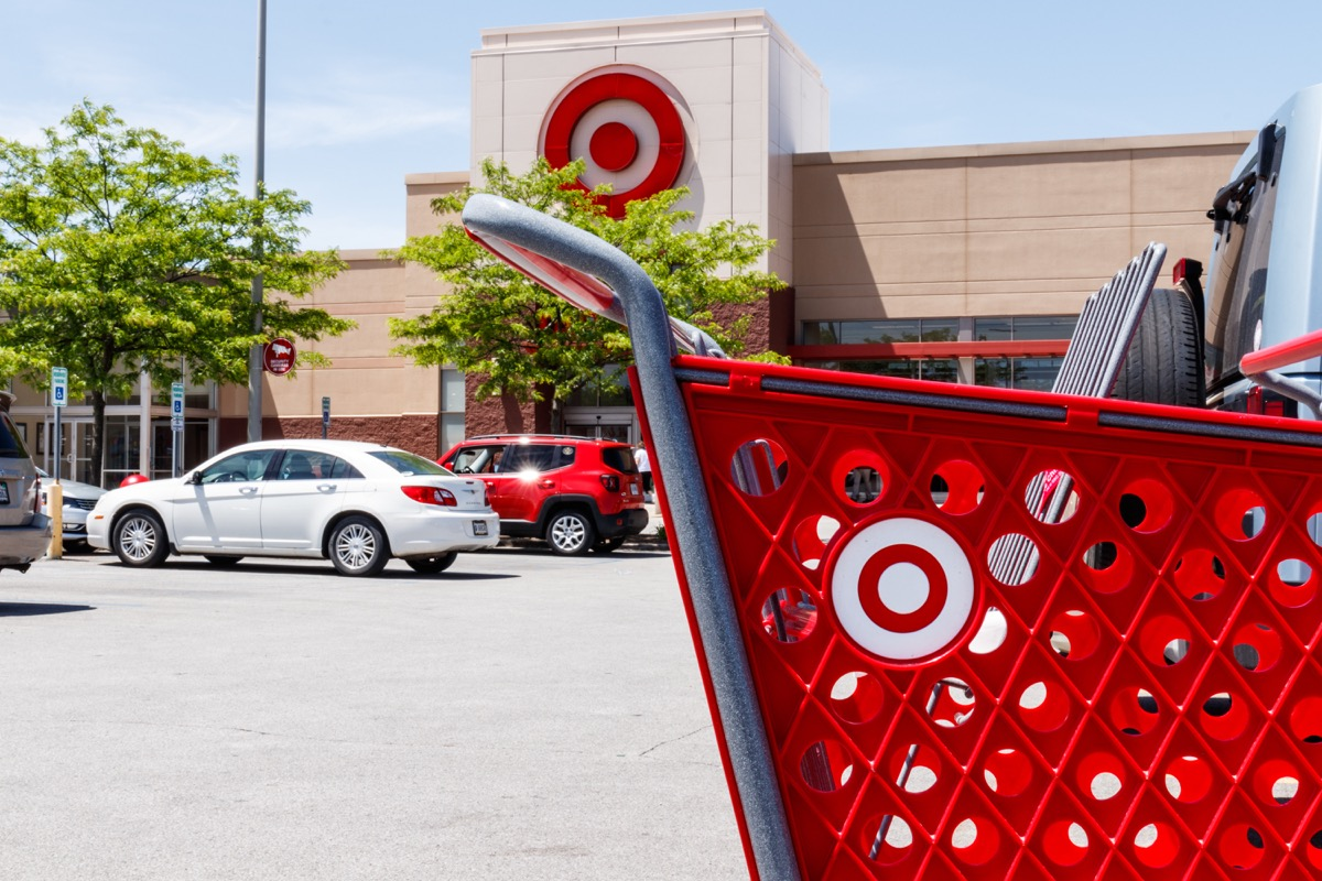 Target Cart {Bad Target Bargains} {Best Impulse Buys From Target}