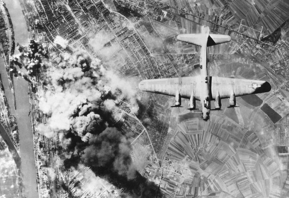 American B-17 flying fortresses bombs Ludwigshafen chemical and synthetic oil works, Germany. World War2, Sept. 29, 1944