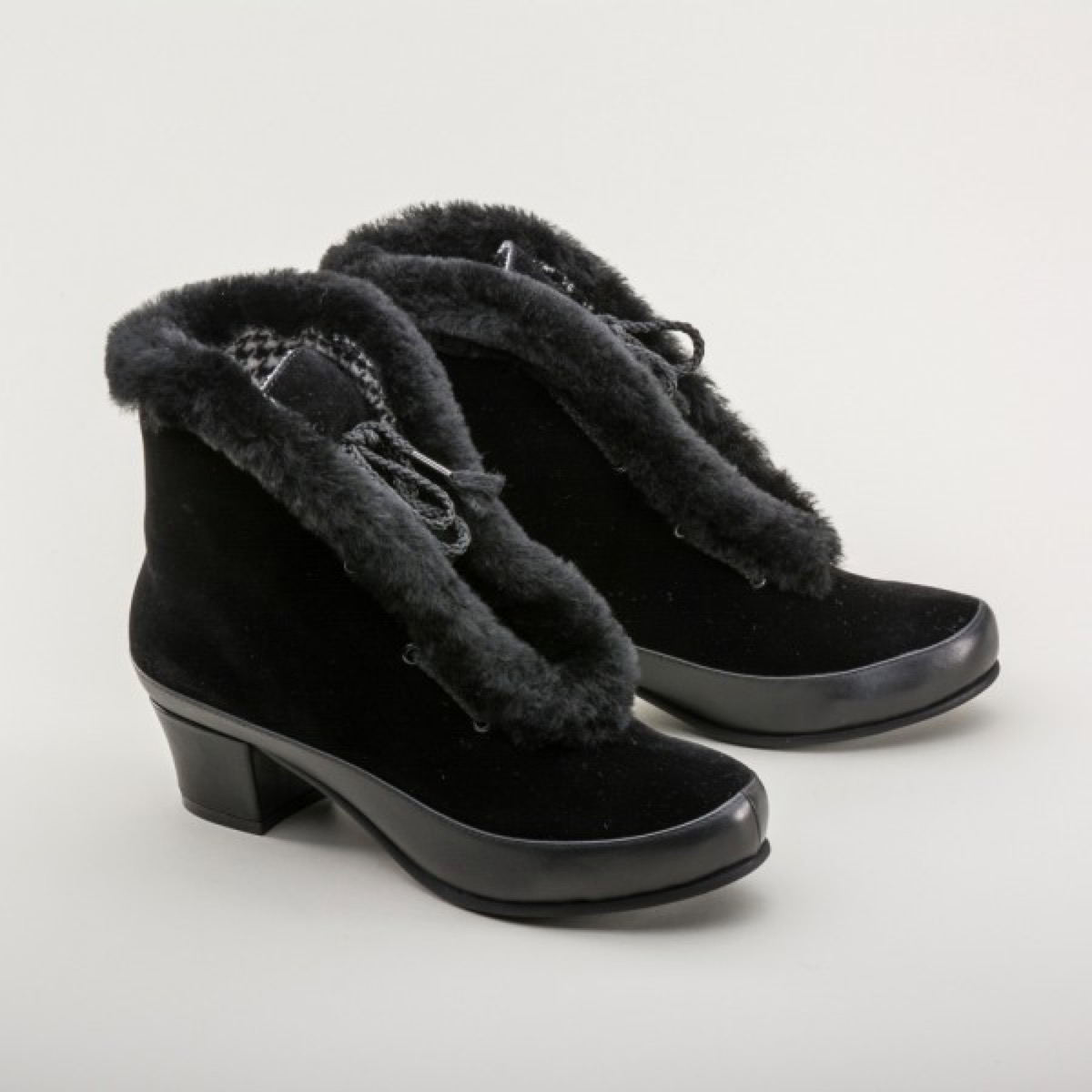 1940s-Winter-Boots