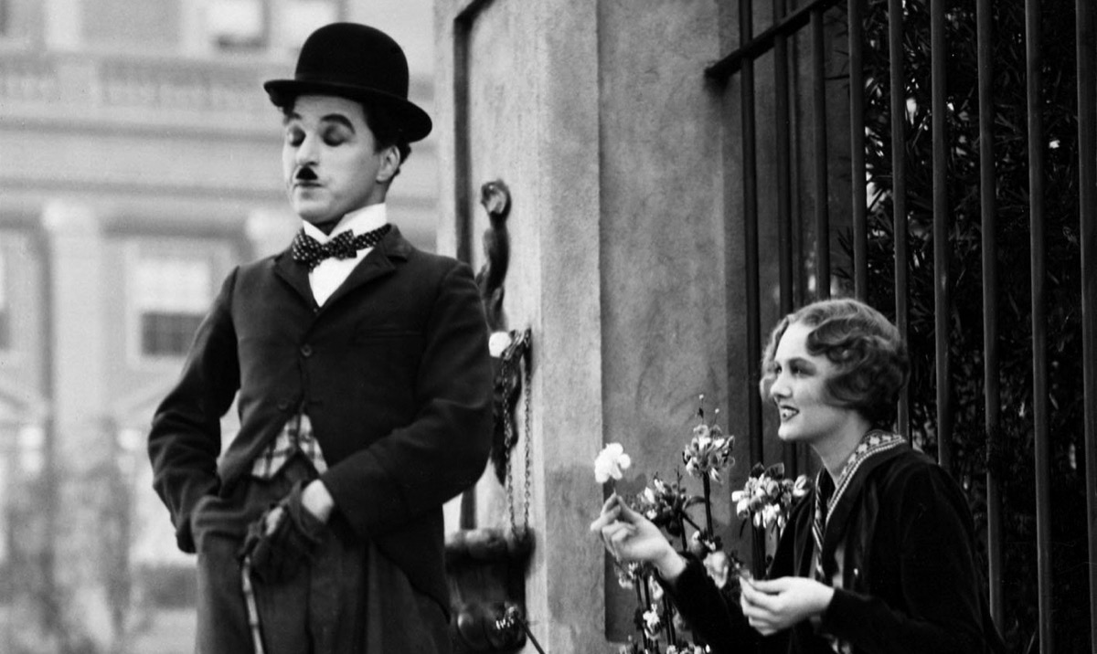 Charles Chaplin and Virginia Cherrill in City Lights (1931)