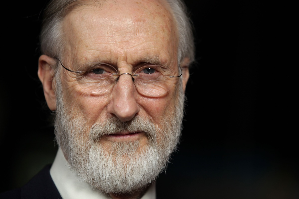 vegan celebrities - LOS ANGELES - JAN 28: JAMES CROMWELL arriving to Director's Guild Awards 2012 on January 28, 2012 in Hollywood, CA - Image