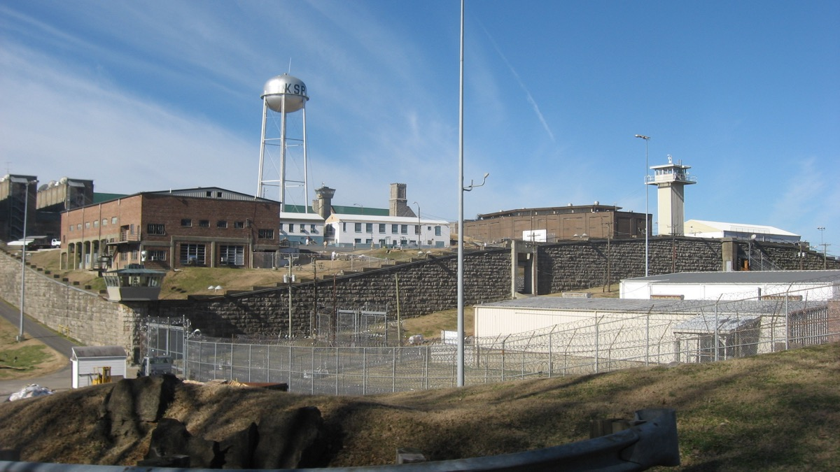 Overview from the east of the Kentucky State Penitentiary complex in Eddyville, Kentucky, United States. Photo looks west from Kentucky Route 730.