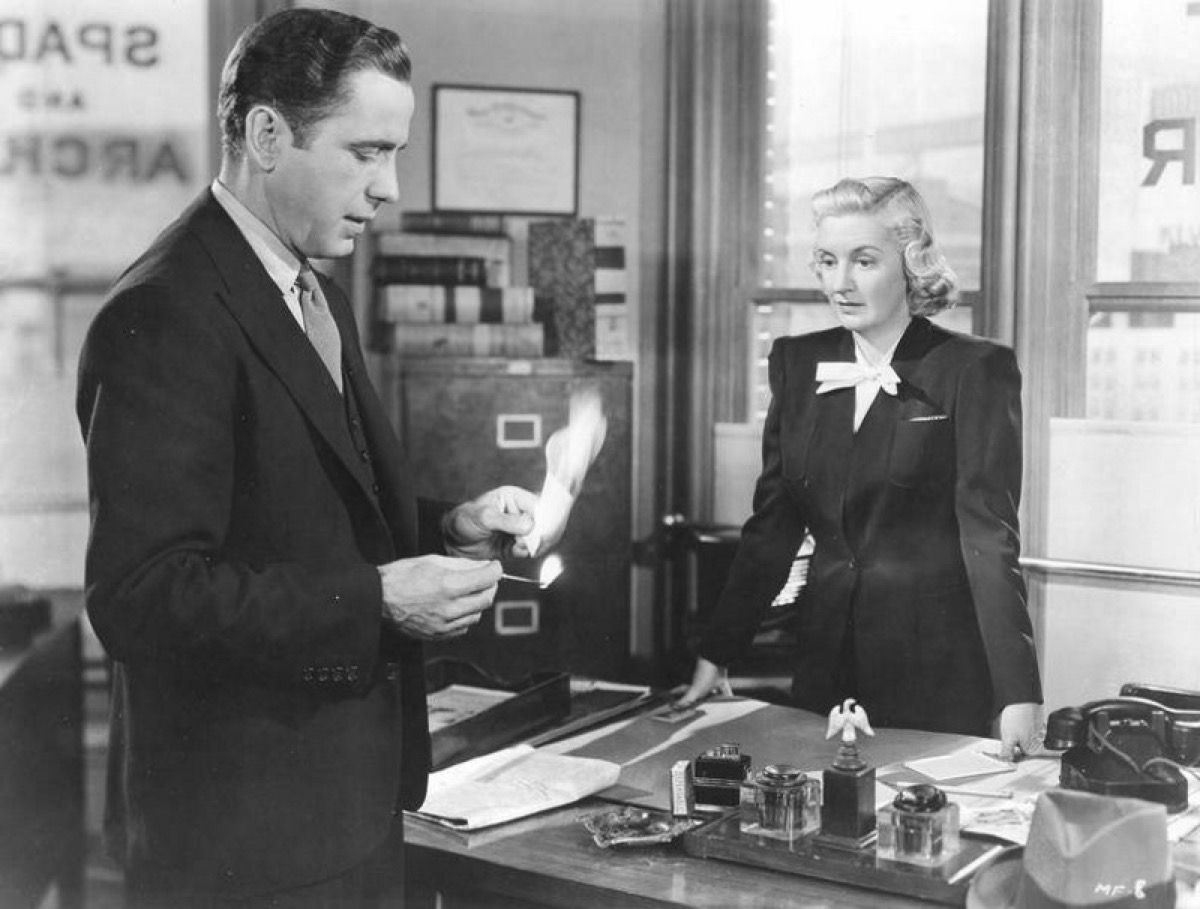 Humphrey Bogart and Lee Patrick in The Maltese Falcon (1941)