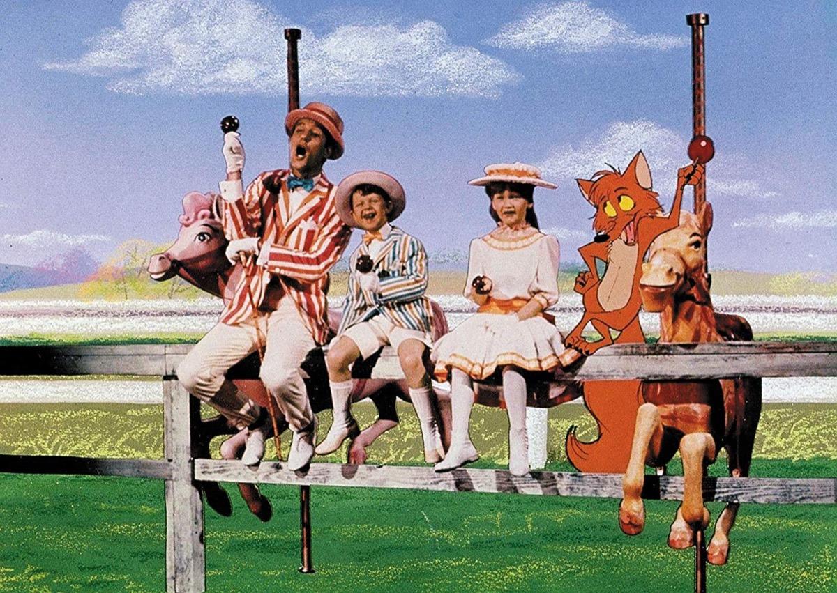 Dick Van Dyke, Karen Dotrice, and Matthew Garber in Mary Poppins (1964)