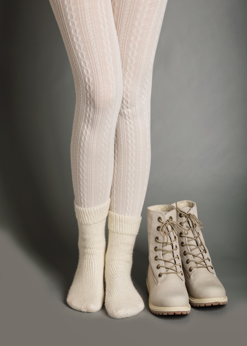 monochromatic-tights-and-shoes