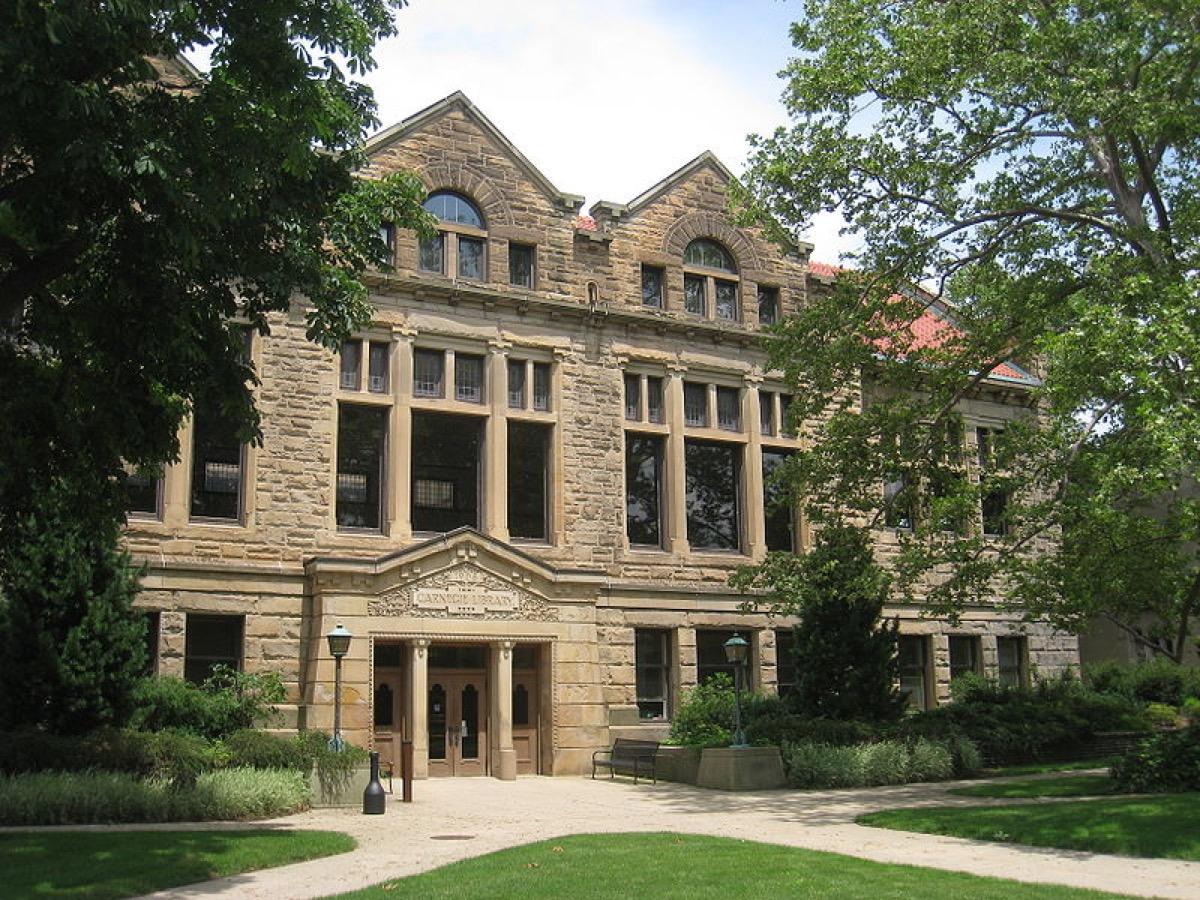 Carnegie Building, Oberlin College, Oberlin, Ohio, USA. Architect Normand Patton, 1908.