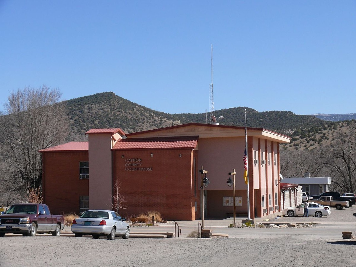 The Catron County Courthouse in Reserve (New Mexico, USA).