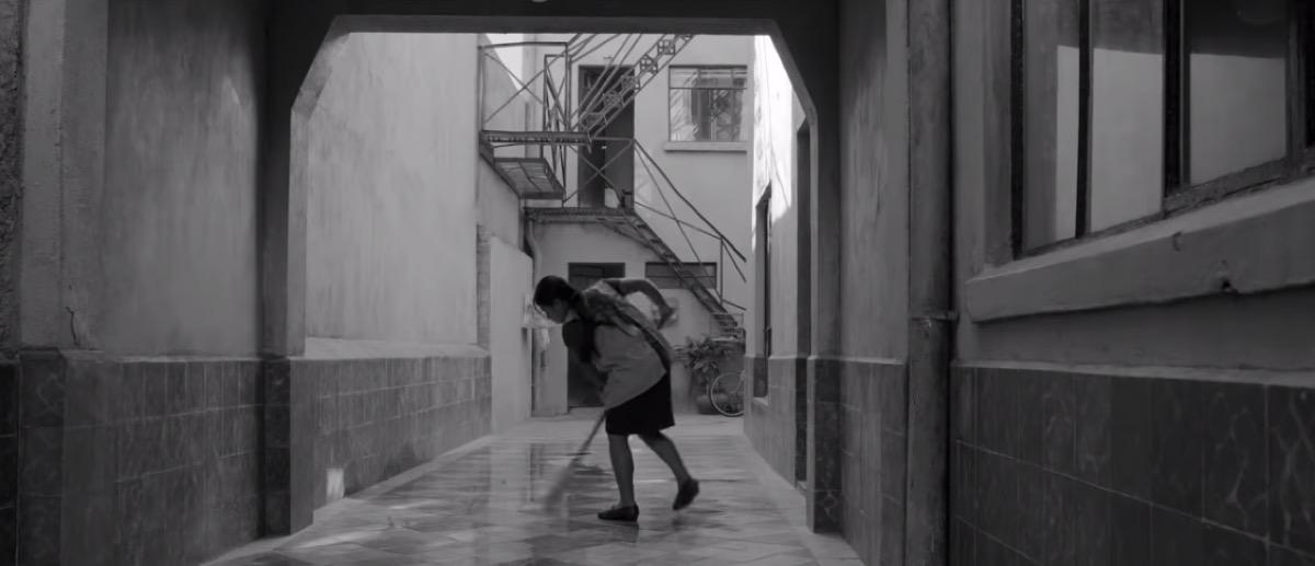 Roma movie trailer - best sad movies on Netflix