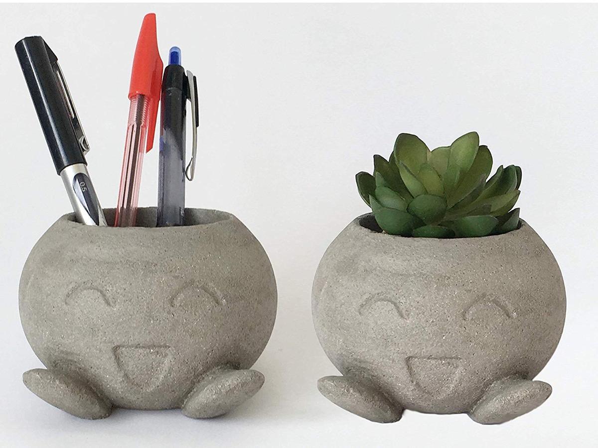 Concrete Holders {Handmade Items From Amazon}