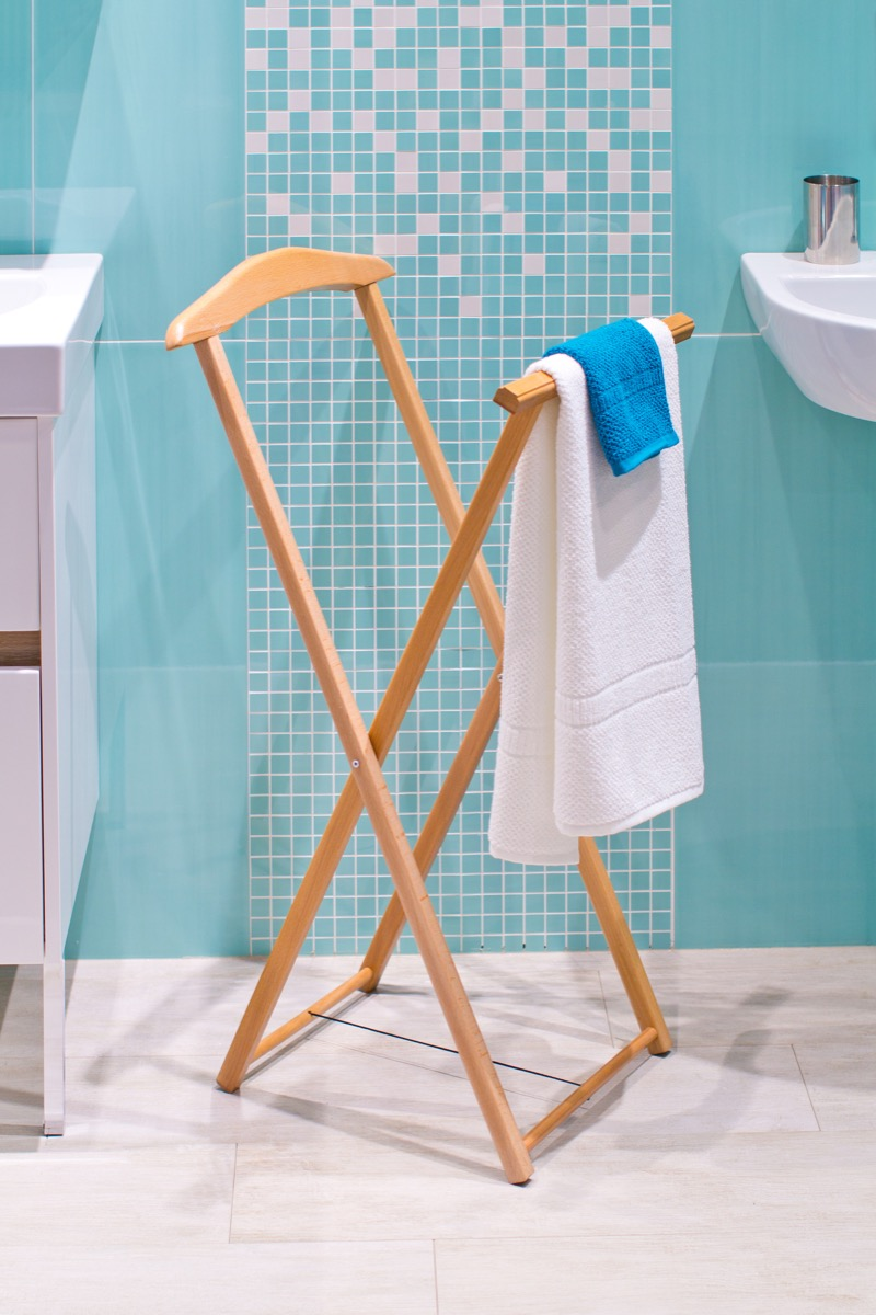Drying Rack with a Towel {Home Organization Tips}