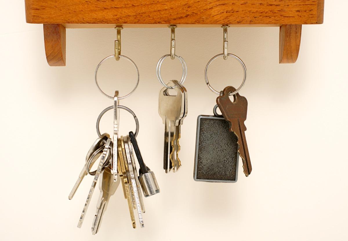 Key Rack {Home Organization Tips}