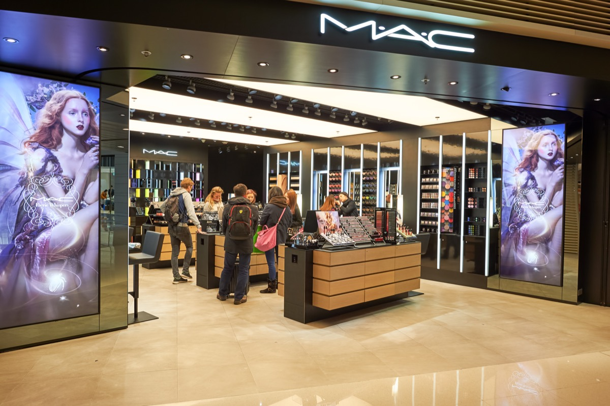 A Mac Cosmetics Store Where People Are Buying Makeup {Discounts For Old Items}
