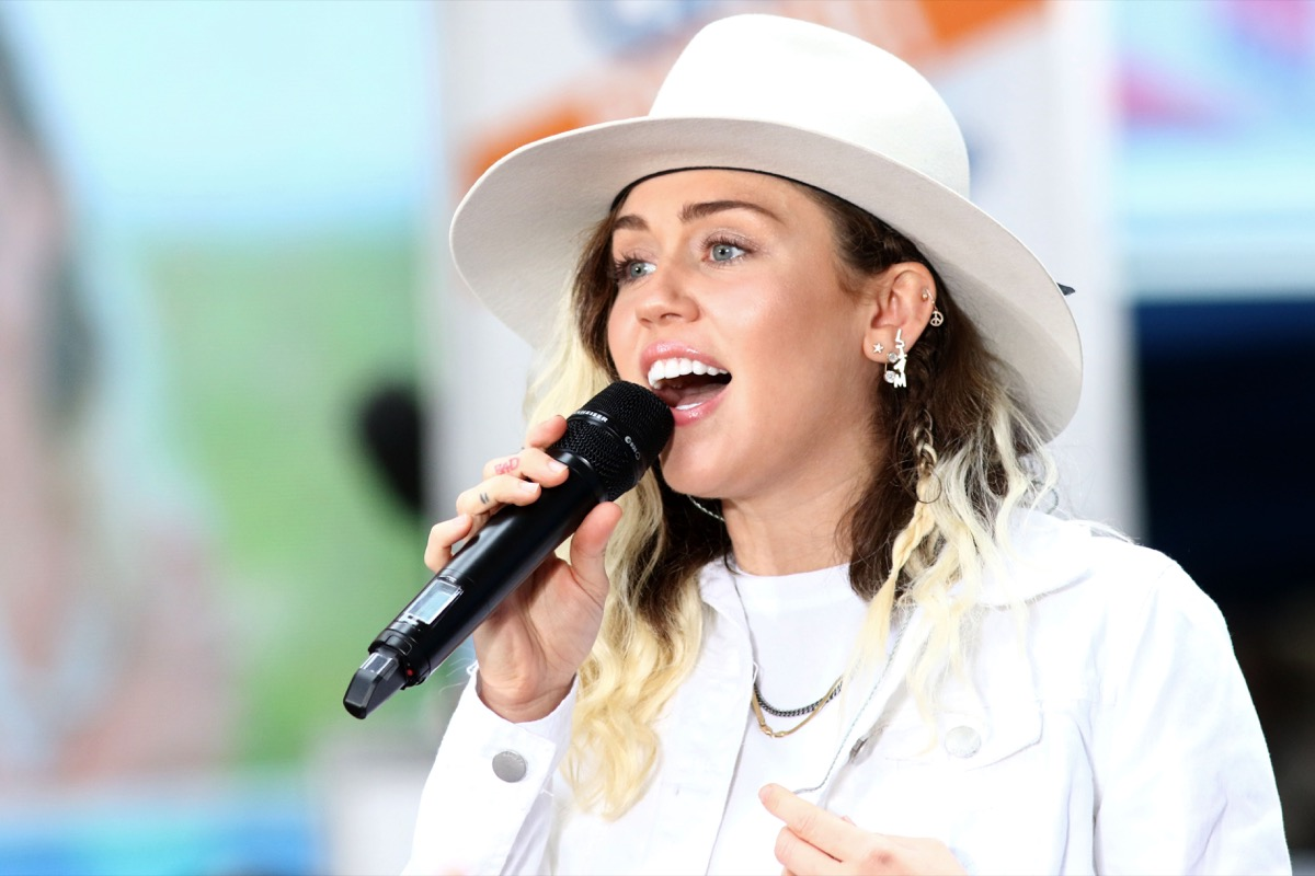 """vegan celebrities - NEW YORK - May 26, 2017: Miley Cyrus performs on the NBC """"Today"""" show concert series on May 26, 2017, in New York City. - Image"""