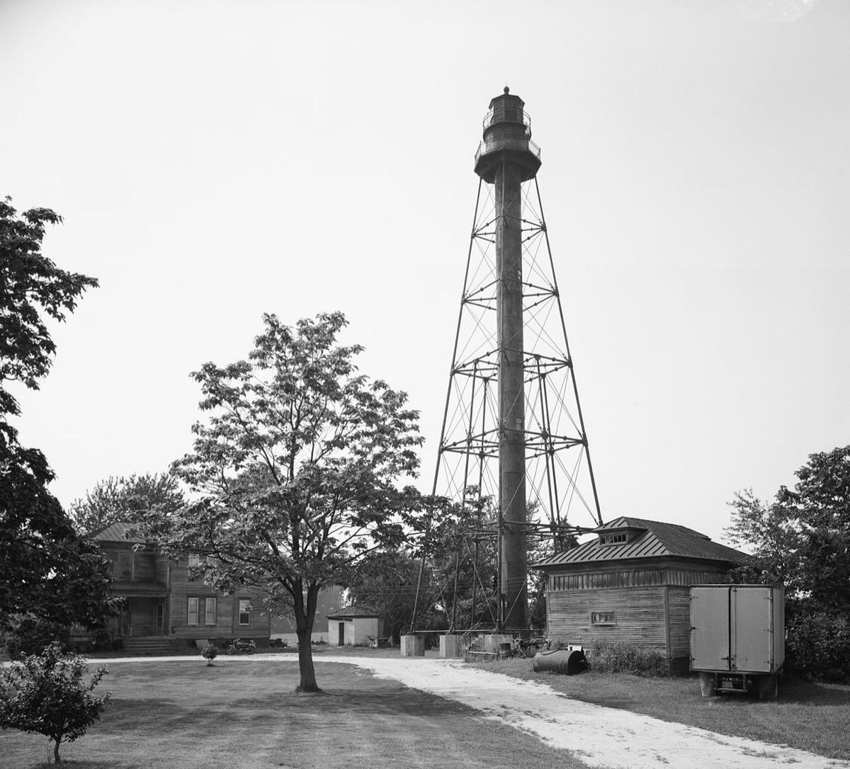 Reedy Island Range Light Delaware creepiest abandoned buildings