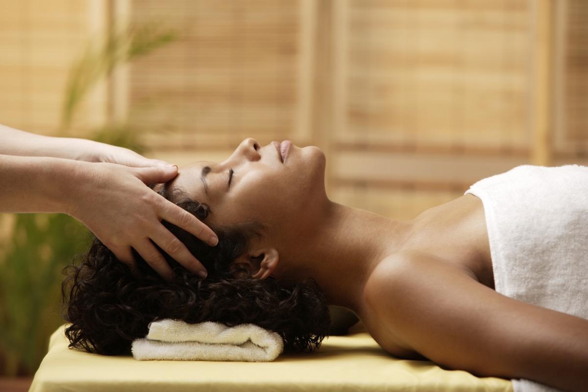 massage-at-spa