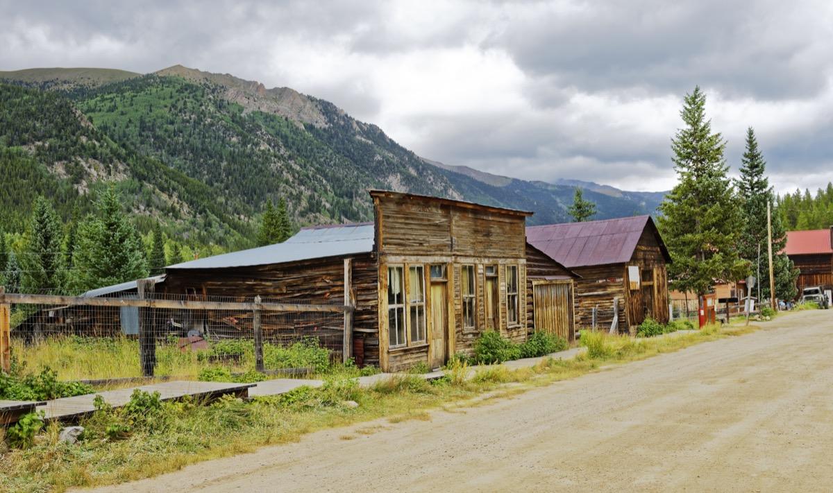 St. Elmo Colorado creepiest abandoned buildings