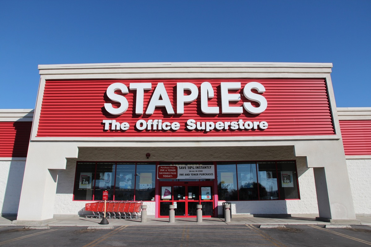 Outside of a Staples Store {Discounts For Old Items}