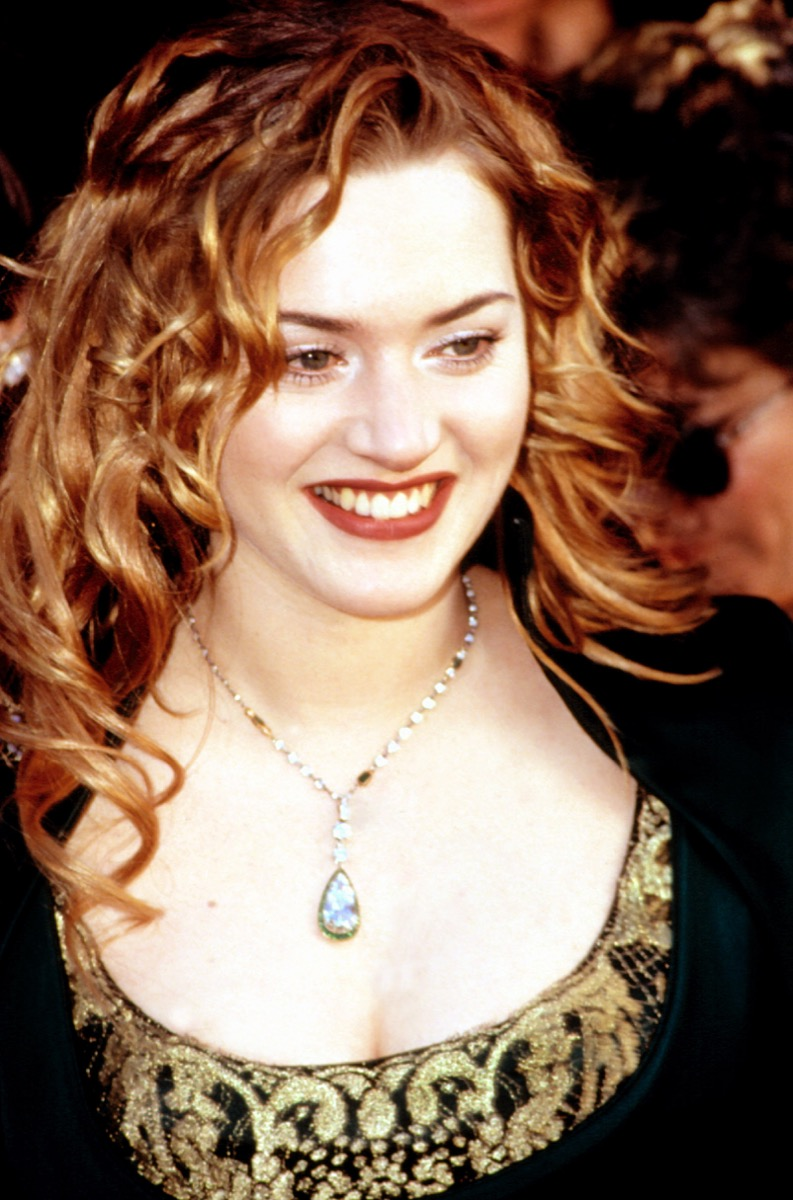 Celebrity Kate Winslet looks young at 1998 Oscars, Academy Awards