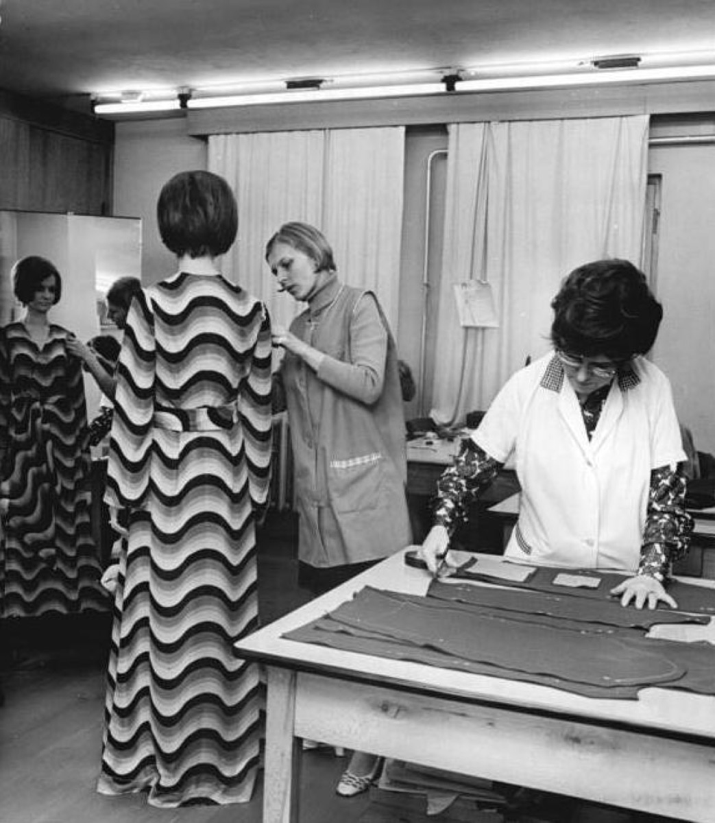 1970s fashion maxi dresses
