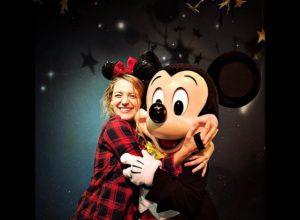 blakelively at disneyland hugging mickey mouse, disney celebs