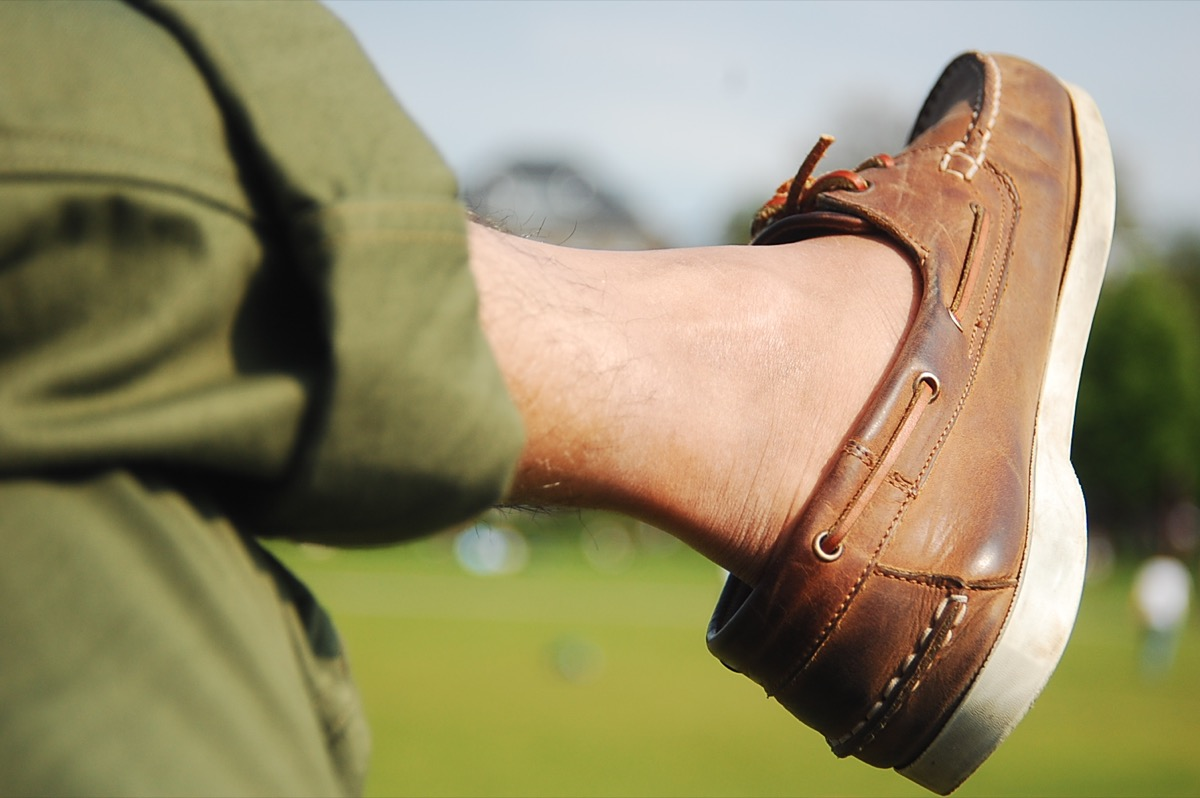 90s fashion boat shoes