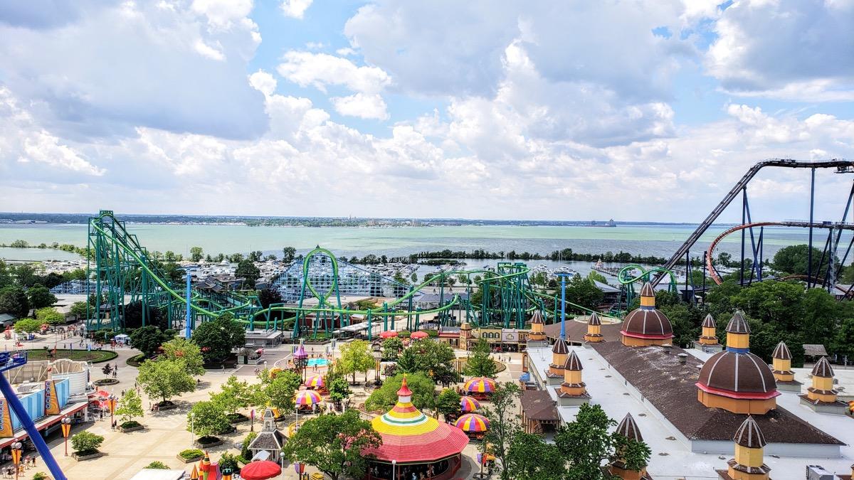 Cedar Point amusement park how much it costs to visit theme parks