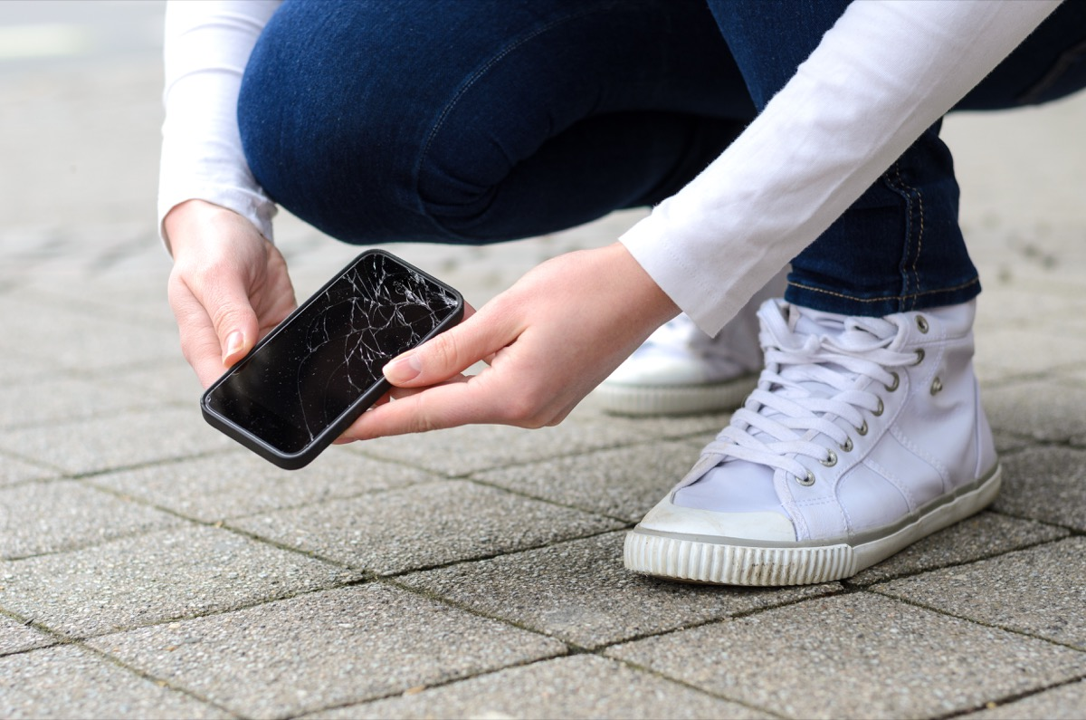 woman dropped her phone cracked